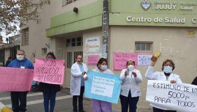 En el pico de la pandemia, denuncian descuentos salariales a trabajadores de la salud pública jujeña