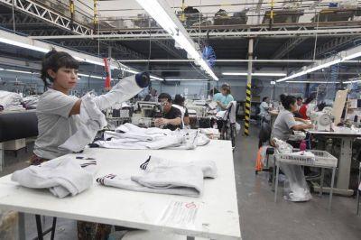 Quiénes son y qué hacen las 500 mil personas que ya se anotaron como trabajadores de la Economía Popular
