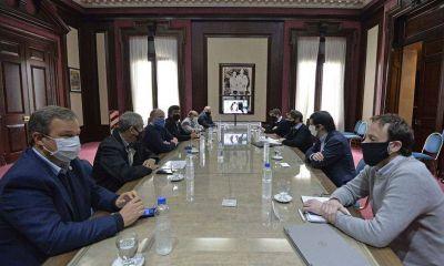 Los intendentes del conurbano que se sientan en la mesa de Kicillof