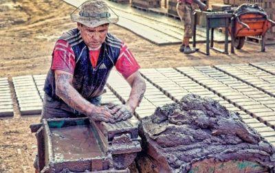 El Plan Social Minero busca reactivar la construcción privada y el trabajo de las cooperativas vinculado al Procrear