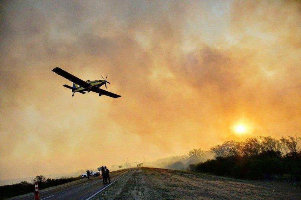 La burocracia también complica la estrategia ante los incendios forestales: el manejo del fuego está dividido en dos ministerios