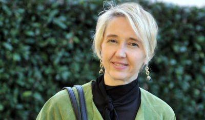 Isabel Sánchez, la mujer con más poder en el Opus Dei, publica un libro sobre las historias de grandes mujeres