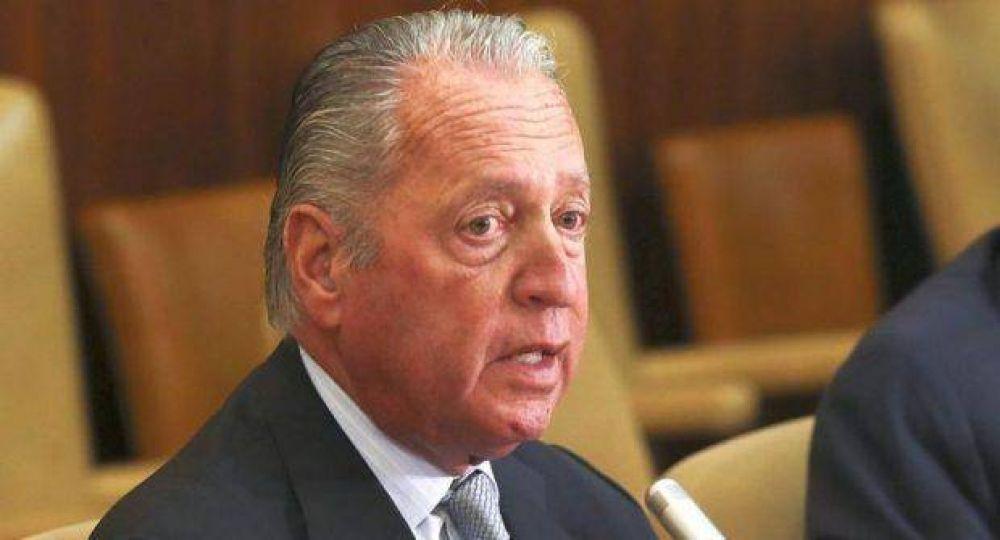 Funes de Rioja llamó a fortalecer la política de exportación