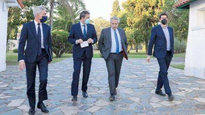 Alberto mira a su electorado: combatir la inseguridad y subir al ring a Macri