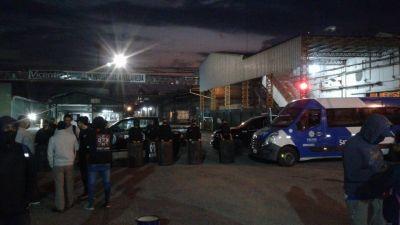 Crece el conflicto y los trabajadores de Algodonera Avellaneda ya bloquean dos plantas de Vicentin