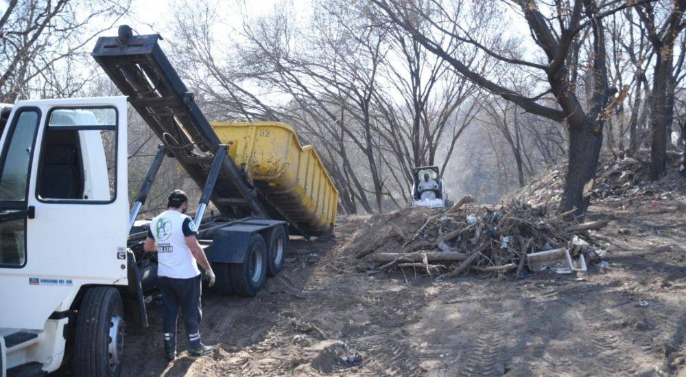 Retiraron otros 200 mil kilos de residuos de La Cañada