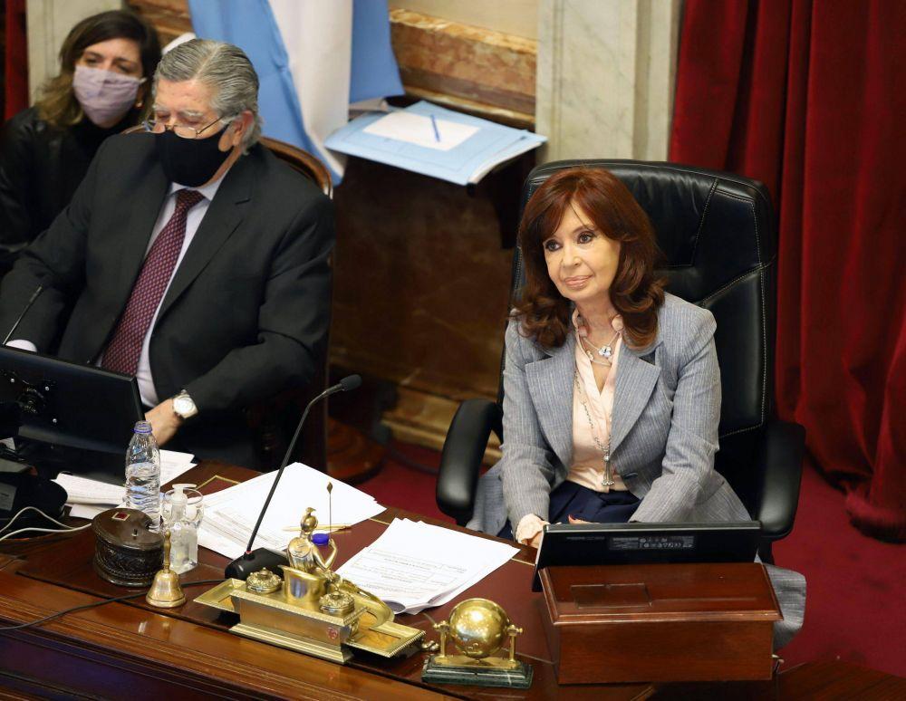 """""""Inoportuna"""", """"sin consenso"""", """"avance histórico"""": siete definiciones sobre la reforma judicial en la sesión del Senado"""