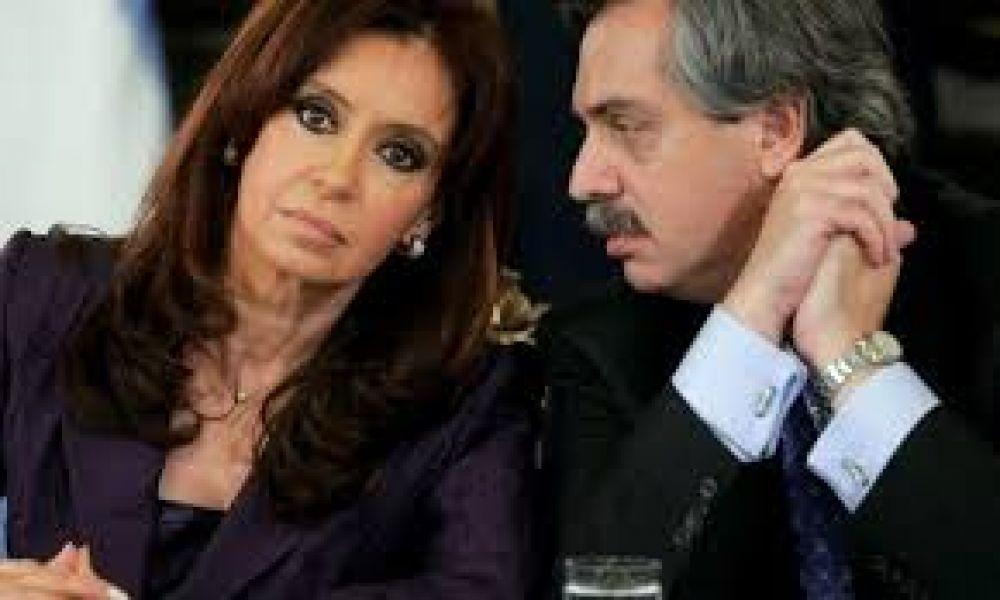 Cristina Kirchner y Alberto Fernández: chicanas, pases de factura y los trapos sucios cada vez más al sol