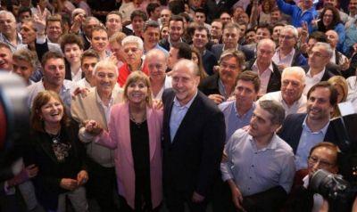 El PJ santafesino agita el armado electoral con un reclamo a Perotti