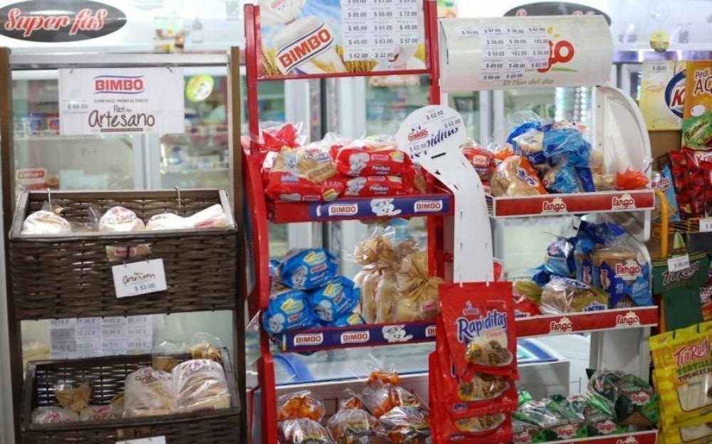 Supermercados apuntan contra proveedores y advierten subas de precios