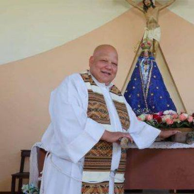 """Padre """"Bachi"""" fue homenajeado en la Cámara de Diputados"""