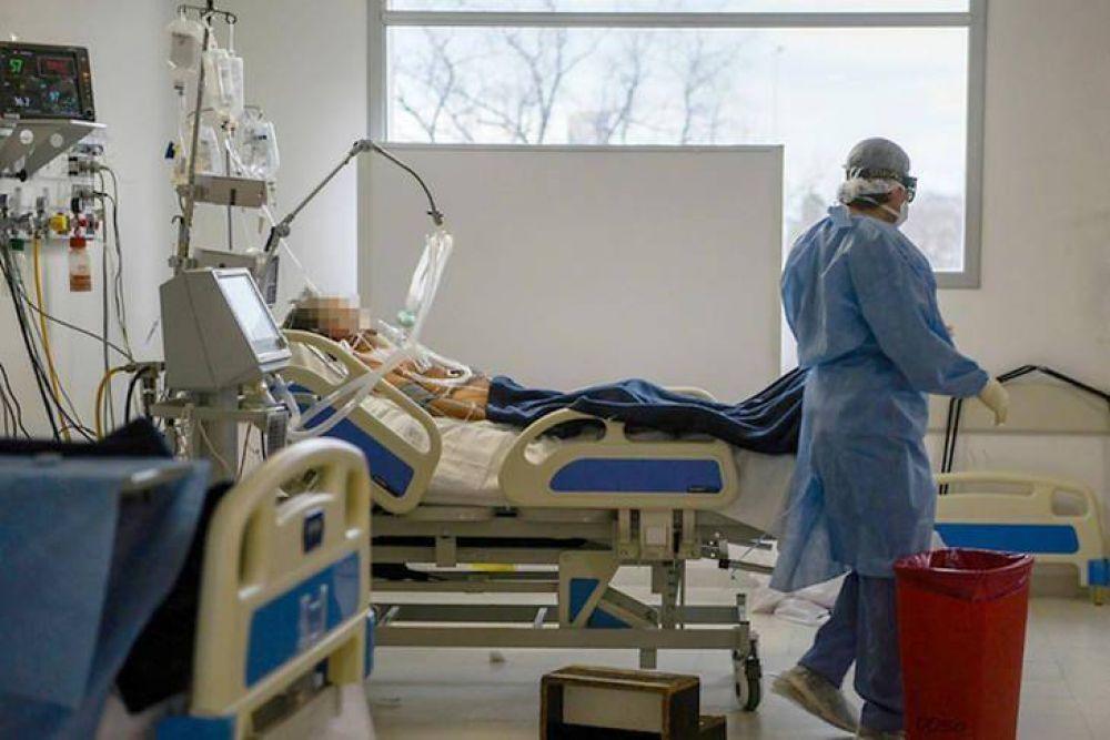 El sistema sanitario de Mendoza está a un paso del colapso y analizan tocar el