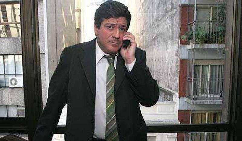 K busca desplazar al dueño mexicano de Canal 9 y entregarlo a un amigo