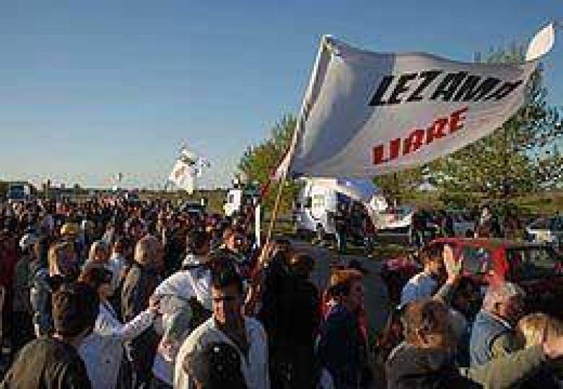 Manifestaciones complicaron el regreso del fin de semana largo