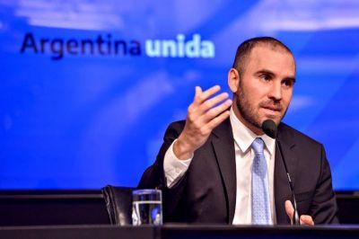Calificación. Le mejoran la nota a la Argentina y el país sale del default