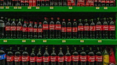 Morena insiste en incrementar impuestos a bebidas azucaradas