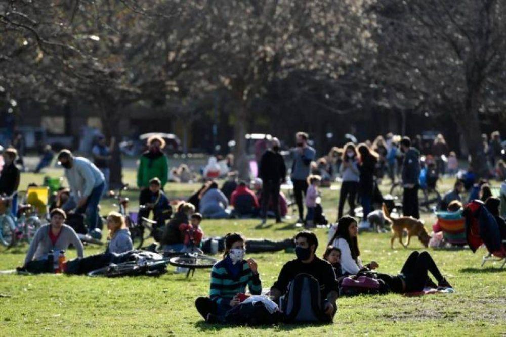La Provincia habilita reuniones de hasta 10 personas al aire libre para municipios en Fase 5