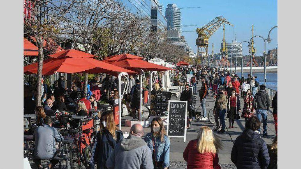 La Ciudad no dará marcha atrás con la apertura de bares al aire libre
