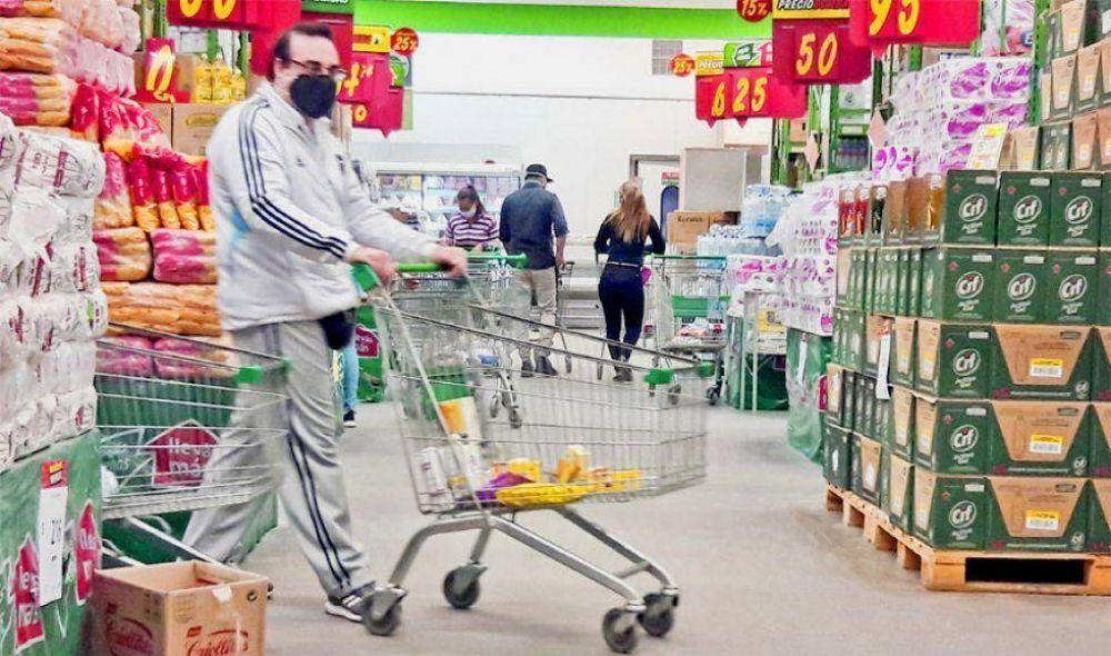 """""""Empresas presionan para aumentos de hasta 25% en los alimentos"""""""