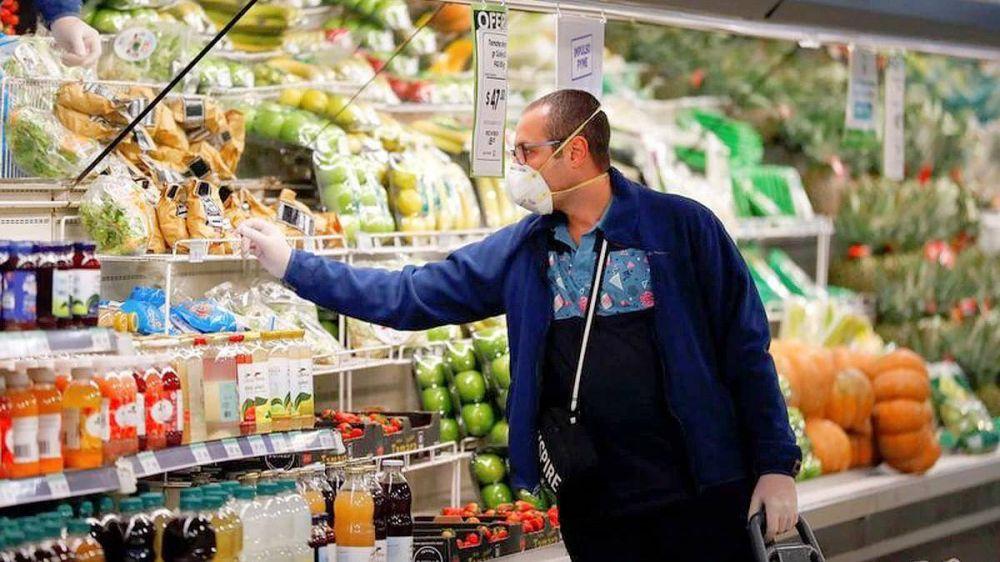 Carrefour comunicó 20 positivos en un día y se acerca a los 900 trabajadores contagiados