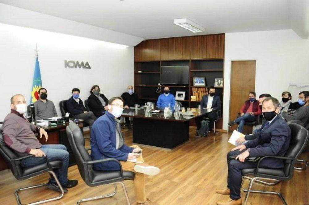 """IOMA """"acercó posiciones"""" con la AMP y podría haber un nuevo convenio"""