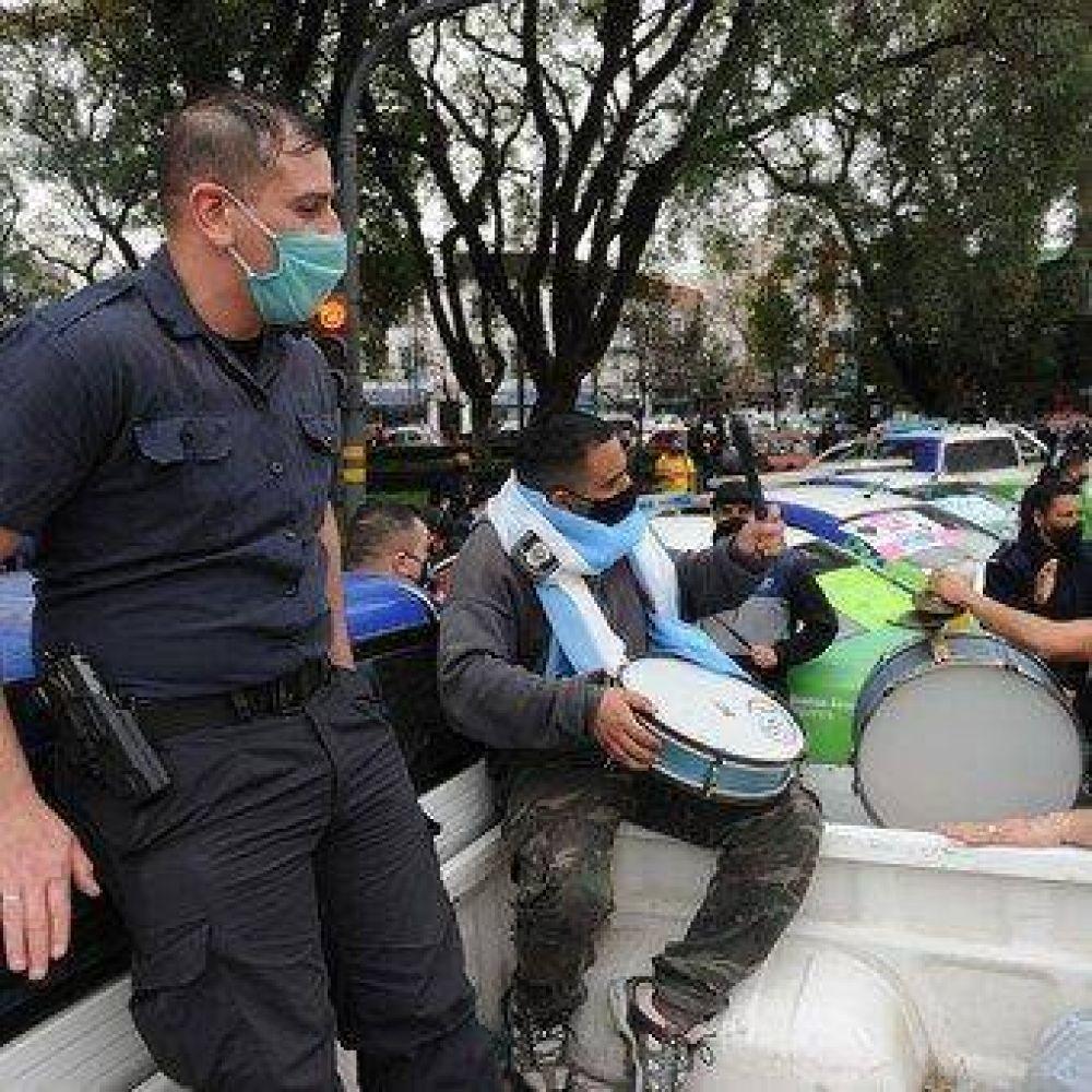 Axel Kicillof anuncia el jueves el aumento a la policía pero dice que no va a negociar