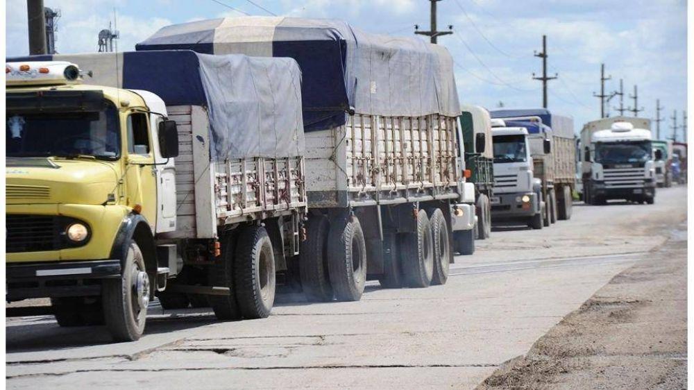 Por la suba de naftas, el costo del transporte saltó 5,11% en agosto