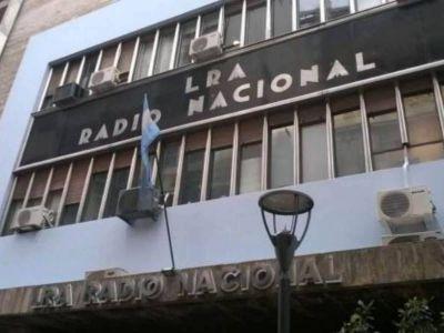 Casi 200 trabajadores de Radio Nacional reclamaron con un petitorio un aumento salarial