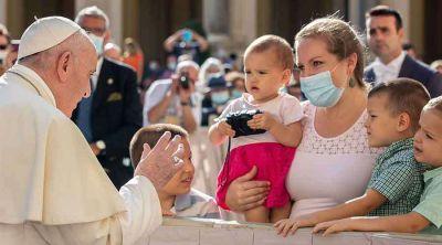 Así fue la alegría del Papa al recibir a familias numerosas en el Vaticano Redacción ACI Prensa