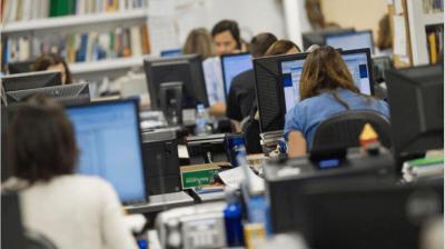El Gobierno anticipa la discusión salarial con estatales para evitar el efecto 'Bonaerense'