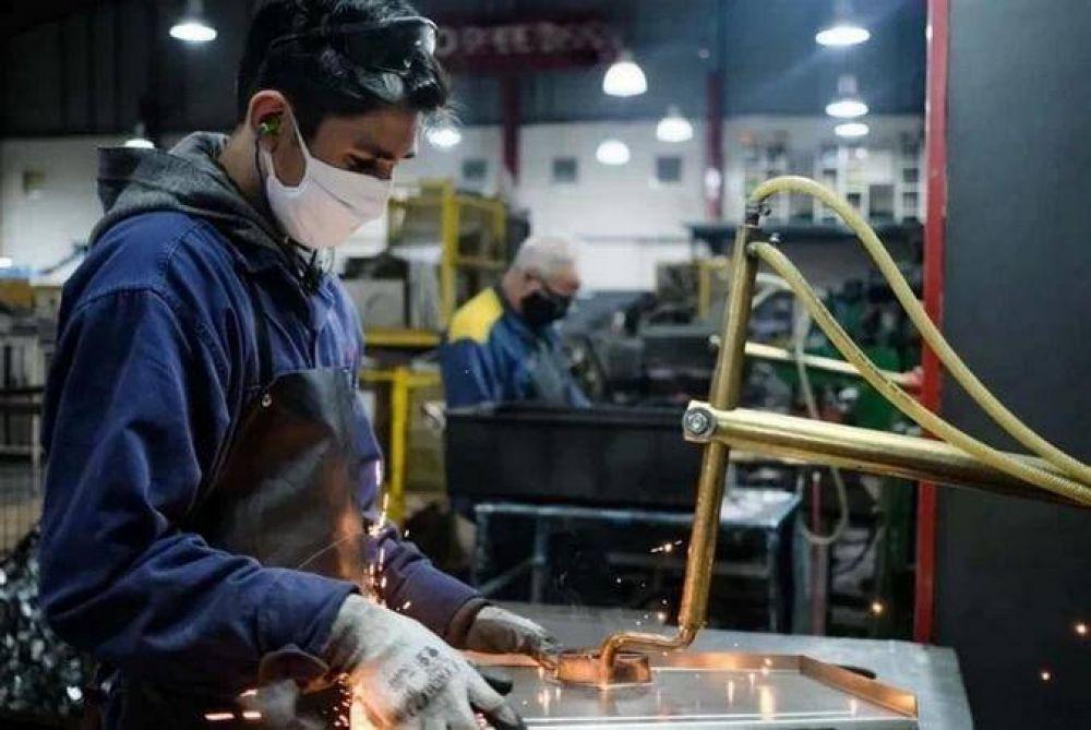 Mar del Plata: Tras la reapertura, la producción metalúrgica desaceleró la caída