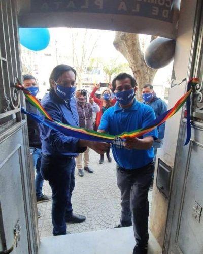 """Con la convicción de que """"la lista de Evo va a arrasar"""", el MAS de Bolivia inauguró su comité de campaña en La Plata"""