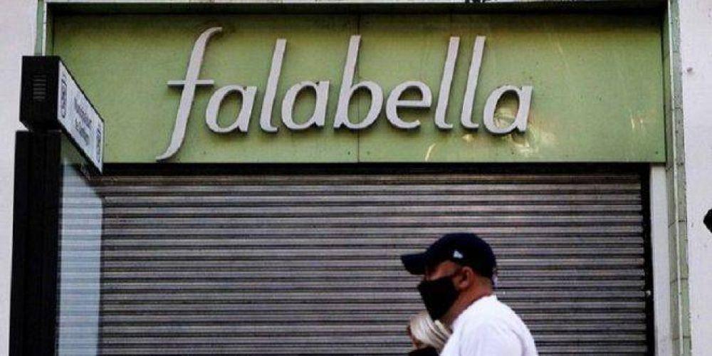 Falabella sigue con el fuerte ajuste que inició en 2018 y abre retiros voluntarios