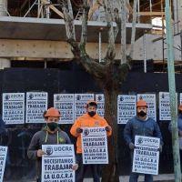 La UOCRA reclama por un interlocutor para dialogar y continúa la huelga a la japonesa