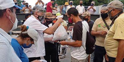 """Venezuela: Parravano, el obispo que """"mete los pies al barro"""""""