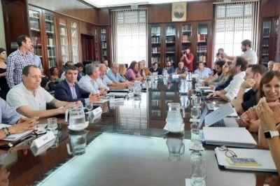 Paritarias: Kicillof convocó a los estatales para discutir aumentos