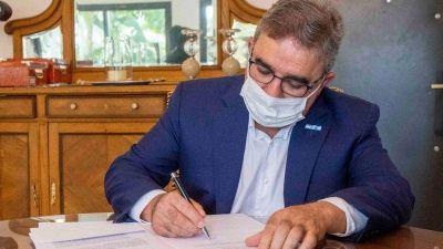 Catamarca: Trabajadores de Sanidad acordaron con el Gobernador un incremento del 21%