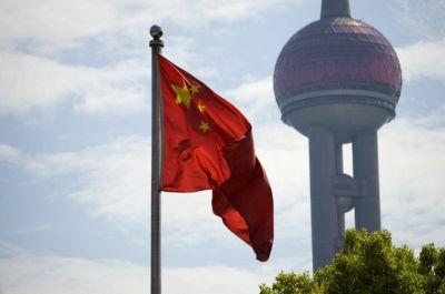 """China tiene la intención de seguir """"mejorando las relaciones"""" con la Santa Sede"""