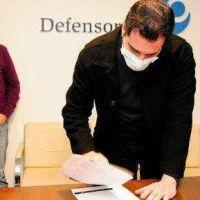 Médicos acusan a la Defensoría de ser parcial en el conflicto con IOMA