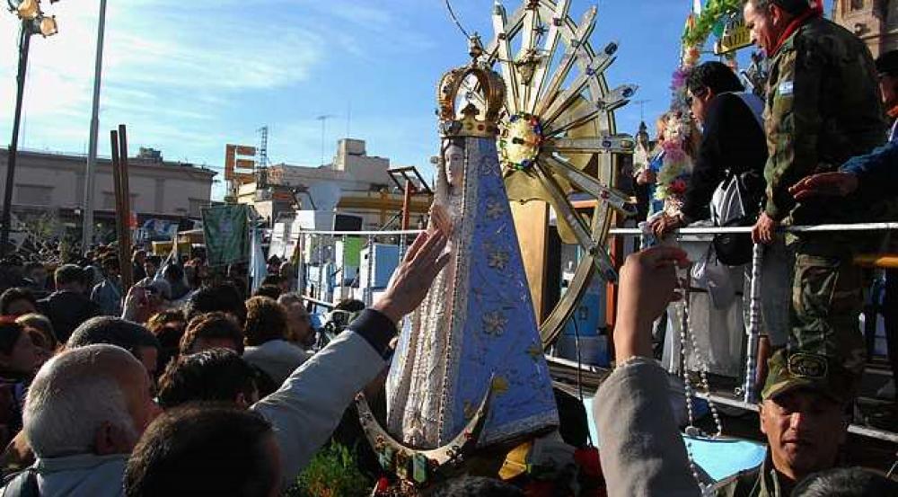 Peregrinación a Luján: Virtual y con la Virgen