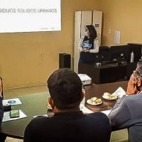 Avanzan las capacitaciones sobre manejo de residuos en Sarmiento