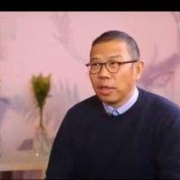 """Cómo hizo su fortuna Zhong Shanshan, el """"lobo solitario"""" que se volvió el hombre más rico de China con una embotelladora"""