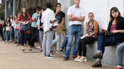 """Ante el desempleo récord, crearán un """"Consejo Municipal Económico, Social y Productivo"""" de pospandemia"""