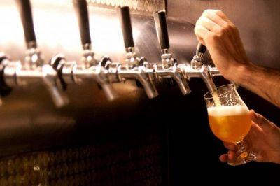 Confirmaron que bares y restaurantes de La Plata pueden atender en las veredas