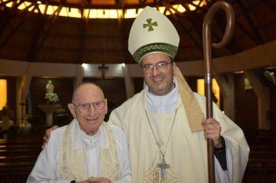 Dolor en la Iglesia Católica: murió por coronavirus el cura Miguel Alú