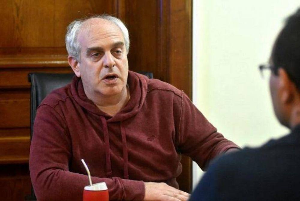 """Rabinovich: """"Por cada persona que conocemos que se enfermó, conocemos a seis que se quedaron sin trabajo en Mar del Plata"""""""