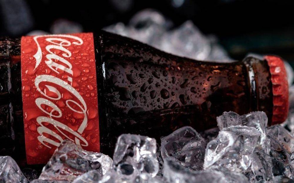 Por qué la Coca- Cola se llama así y de qué está hecha