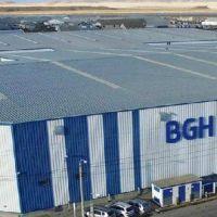 BGH reabrió planta cerrada durante el macrismo para producir 15 mil aires acondicionados junto a cooperativa