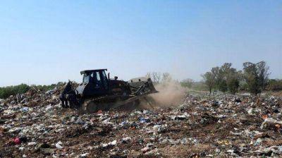 Villa Constitución: el Ejército ya trabaja en el basural para trasladar los residuos a un nuevo relleno