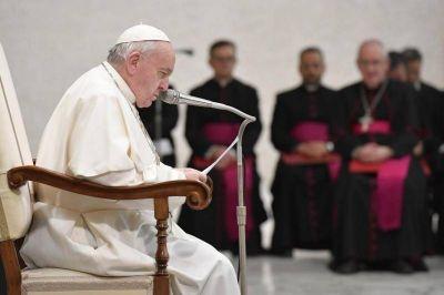 El Papa invita a reflexionar sobre cuestiones morales en medio de la pandemia